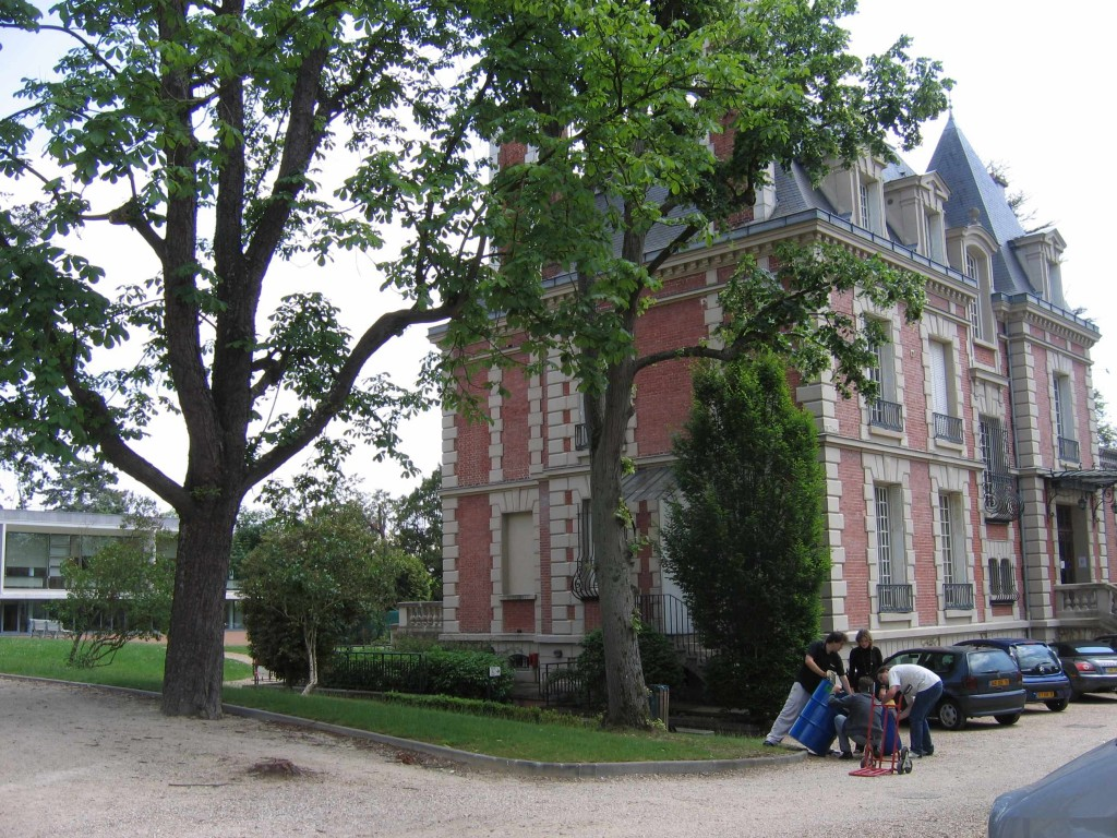ISIPCA: one of the two chateaux, with laboratory wing behind
